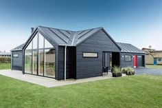 Glimpse of Scandinavian Modern House Maybe now you are looking for the idea of building a house that you will build. Wood House Design, Cottage Design, Modern House Design, Contemporary Design, Scandinavia House, Black House Exterior, Exterior Doors, Exterior Paint, Modern Wooden House