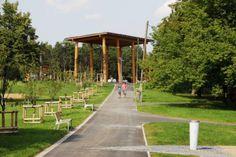 Nově revitalizovaný malešický park je svěží a příjemné místo k procházce.. http://www.praha.eu, http://www.malesickypark.cz