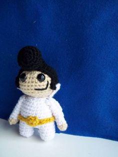 Crochet Elvis Amigurumi via @Sara DaSilva :D  Craftster user amydice made this adorable Mini Elvis Amigurumi!