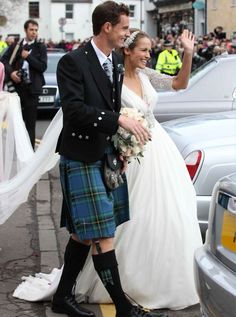 Andy Murray and Kim Sears Nine years after they first met, British tennis champion Andy Murray married his artist girlfriend Kim Sears in his hometown of Dunblane yesterday. Read more at http://www.womanandhome.com/galleries/news-and-entertainment/33179/1/0/celebrity-wedding-pictures#sho56ZzAYdUbigBM.99