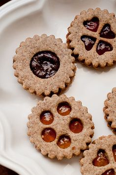 Gluten-Free Vegan Linzer Cookies by Lindsey Johnson {Cafe Johnsonia}, via Flickr | Christmas cookies, desserts
