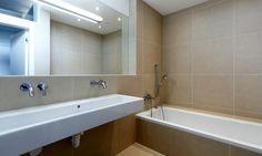 Kúpeľne | RULES Architekti beige/gres