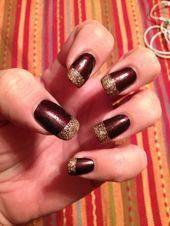 maroon nails # gold # bunt - Cool Hair Cuts: For Men A hair c Gold Nail Polish, Gold Nails, White Nails, My Nails, Pretty Christmas Trees, Christmas Nail Art, Hair Cure, Bright Red Nails, Maroon Nails
