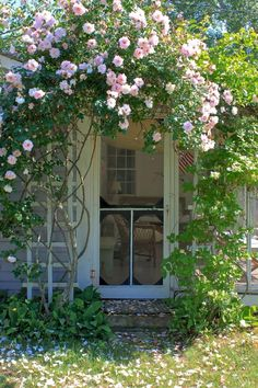 10 Ideas to Steal from English Cottage Gardens - Gardenista - - English cottage gardens are a charming (and practical) jumble of flowers, herbs, and fruit trees. See 10 design ideas to create an English cottage garden, from the editors of Gardenista. Seaside Garden, Garden Cottage, Rose Cottage, Cottage Door, Cottage Style, Modern Cottage, Cape Cod Cottage, Garden Houses, Garden Living