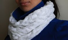 White Cabled Cowl | AllFreeKnitting.com