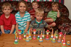 Crafts by Danika: Modepoppies en Hansworse Birthday Candles, Meet, Crafts, Birthday Ideas, Food, Manualidades, Essen, Meals, Handmade Crafts