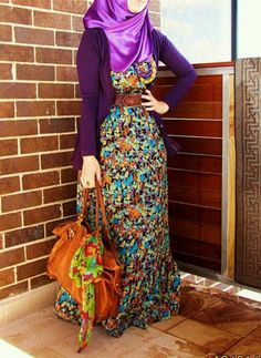 Colored hijab... This is beautiful