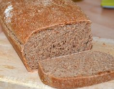 Spelt Bread Recipe - Wheat free and easy to make bread recipe made with spelt flour. Easier to handle than wheat flour and makes a delicious loaf