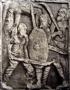 Battle scene from the Adamclisi monument. In the foreground a Dacian warrior fight using a double-handed falx against a Roman Auxilia with lorica hamata. Ancient Rome, Ancient Art, Ancient History, European Tribes, Gladiator Armor, Roman Sculpture, Roman History, Fantasy Paintings, Kaiser