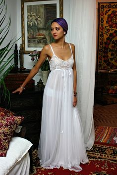 Blanc dentelle et Nylon chemise de nuit Camille Innocence chemise de nuit Lingerie de mariée mariage vêtements de nuit Lingerie