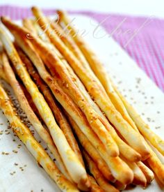 Grissini are one of our favorite snack foods. Pizza Recipes, Baby Food Recipes, Baking Recipes, Snack Recipes, Bread Recipes, Turkish Snacks, Turkish Recipes, Savory Pastry, Healthy Recipes