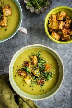 Spinach, Coconut and Zucchini Soup with garlic croutons.