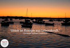 """""""Glück ist Energie aus Lebenskraft."""" (Christoph Wilhelm Hufeland)  #YogaOn #Meditation #Sunset #Entspannung #Glück #Lebenskraft #Yoga"""