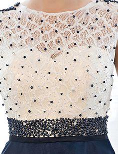 b89d092a6 [$76.99] Linha A Ilusão Decote Longo Tule sobre Renda Costas Lindas Baile  de Formatura / Evento Formal Vestido com Miçangas de LAN TING Express