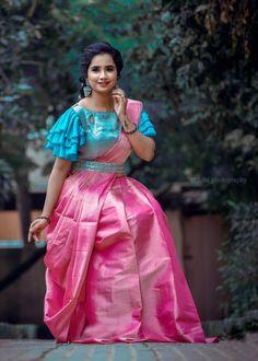 Wedding Saree Blouse Designs, Half Saree Designs, Saree Blouse Neck Designs, Fancy Blouse Designs, Patch Work Blouse Designs, Hand Work Blouse Design, Blouse Lehenga, Lehenga Saree Design, Saree Belt