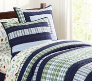 Love the navy blue and green color combo for the boys for when they're sharing a room!
