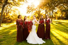Mismatched bridesmaid's dresses // Tank Goodness Photography