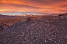 Petroglyphs from: 10 Stunning Photos That Prove The Physical World Makes The Best Artistic Inspiration