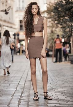 Fashion Show, High Fashion, Womens Fashion, Fashion Trends, Spring Summer Fashion, Ready To Wear, Catwalk, Vogue, High Waisted Skirt