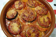 Berenjenas a la parmesana (Thermomix) Nut Recipes, Salad Recipes, Snack Recipes, Cooking Recipes, Healthy Recipes, Kitchen Dishes, Kitchen Recipes, Lunches And Dinners, Meals