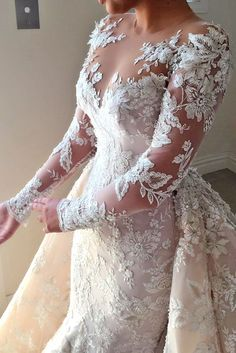 Steven Khalil has created some of the most magnificent bridal dresses. Steven Khalil wedding dresses for women who want to be a princess and look splendid. Couture Wedding Gowns, Luxury Wedding Dress, Best Wedding Dresses, Bridal Dresses, Lace Wedding, Ankle Length Wedding Dress, Wedding Dress Sleeves, Long Sleeve Wedding, Steven Khalil Wedding Dress