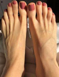 Sublime toe nail polish idea pedicure 48 Adorable Easy Toe Nail Designs You Will Love Simple Toe Nails, Pretty Toe Nails, Cute Toe Nails, Pretty Toes, Love Nails, My Nails, Beautiful Toes, Toe Nail Designs Simple, Cute Toes