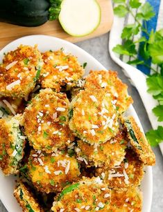 Looking for a new afternoon treat or crispy side dish? Bake these Parmesan Zucchini Crisps in the oven or deep-fry them instead for an extra crispy finish. Serve with your favorite creamy dipping sauce! Finger Food Appetizers, Appetizers For Party, Finger Foods, Appetizer Recipes, Christmas Appetizers, Appetizer Ideas, Thanksgiving Snacks, Dinner Recipes, Zucchini Crisps