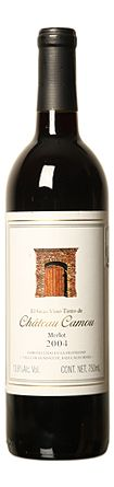 El Gran Vino Tinto de Chateau Camou Merlot. Merlot 90%, Cabernet Franc 10% Vino de color rojo rubi muy intenso, con aromas a frutas rojas maduras, cassis y maderas finas. Con un equilibrio señorial, de cuerpo vigoroso y magnifica persistencia floral, frutal y tanica. Un final con elegantes taninos aterciopelados y finos que nos recuerdan los grandes vinos de burdeos que como este se embotellan sin filtrarou Merlot
