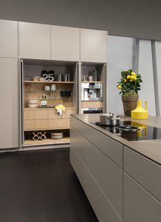 Home - Kitchen Kitchen by Warendorfer Küchen GmbH Major repairs of bathroom unit. Hidden Kitchen, Kitchen Pantry, Kitchen Storage, New Kitchen, Kitchen Dining, Kitchen Decor, Modern Kitchen Cabinets, Modern Kitchen Design, Interior Design Kitchen