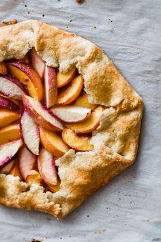 Nectarine Dessert, Pie Recipes, Dessert Recipes, Best Summer Desserts, Christmas Cheesecake, Pie Pie, Peaches, Delicious Desserts, Desert Recipes