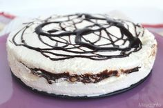 La Torta gelato è il classico dolce dell'estate! È il dolce ideale da preparare quando avanzano degli albumi e non si sa cosa farne (mica si possono
