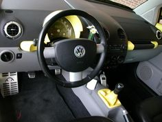 YELLOW GEAR SHIFTER PLZ