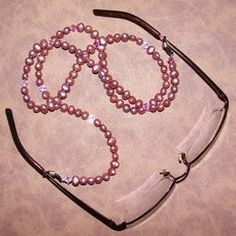 If you keep losing your glasses and want to keep them close by, learn how to make a beaded eyeglass lanyard, a. eyeglass holder necklace or beaded Diy Collier, Beaded Lanyards, Eyeglass Holder, Leather Chain, Making Ideas, Making Tools, Jewelry Patterns, Jewelry Crafts, Jewelry Ideas