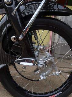 Honda Cub, Cubs, Bicycle, Classic, Vehicles, Motorbikes, Derby, Bike, Bear Cubs