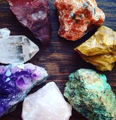 Healing Chakra Crystal Set Healing Crystals Chakra Stones Raw Crystal Collection…