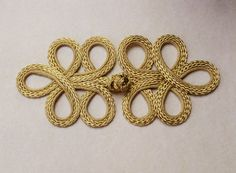 Glittering gold large frog closure. 5 loop. One only by notionallybetter on Etsy