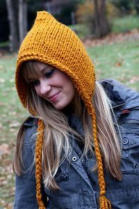 Ravelry: jengeigley's Gold-ish Golden Compass Hood  Yarn Lion Brand Wool-Ease Thick & Quick Solids How much? 1 skein = 106.0 yards (96.9 meters), 169 grams Colorway-butterscotch Color family-Yellow-orange