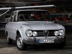 Alfa Romeo Giulia Super (1972 – 1974).