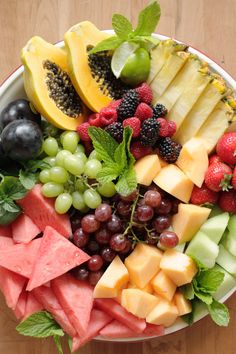 Amazing fruit platter.  Use for visual placement of foods.