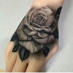 #TatoosParadise Artista: Snap: TattoosParadise ----------------------------------- Marque sua Tattoo com a Tag #tatoosparadise e sua foto poderá aparecer no nosso perfil -------------------------------------#tattoo #tattoos #tatuagem #tats #instatatoo #tattooer #tattooartist #tatooed #tattoomagazine #ink #tattooartwork #tatuaje #inkedmag #tatuagemfeminina #tatuagensfemininas #inked #amazingink #bodyart #tattoooftheday #tats #inkedup #tat #tattoosofinstagram #tattooing #tattoodesign
