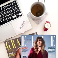 F r i d a y  but first tea and magazines #verymojo #montre #watches #elle #grazia #vendredi #friday #tgif #butfirsttea #vendredilecture #flatlay #office #verymojooffice ► www.verymojo.com ◄