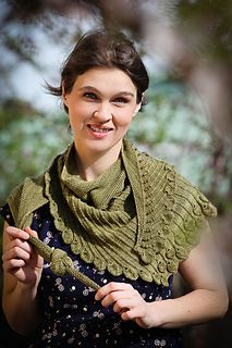 Strickschal / knitted shawl SECESSION  Ravelry