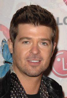 Robin Thicke - Fine and he can SANG!