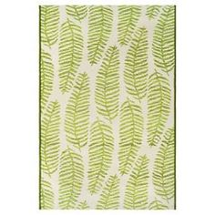 Make your outdoor living space feel as comfortable as indoors with the Outdoor Rug in Ferns Green from Threshold. This outdoor throw rug can be rinsed clean with water.