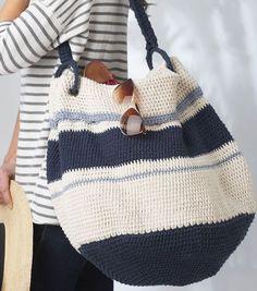 Crochet Bags Design Ravelry: Nautical Hobo Bag pattern by Bernat Design Studio - Crochet Hobo Bag, Crochet Beach Bags, Crochet Handbags, Crochet Purses, Diy Crochet, Crochet Crafts, Crochet Projects, Crochet Bags, Nautical Crochet