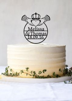 celtic wedding cake | http://www.creativecakes.uk.com/images2 ...