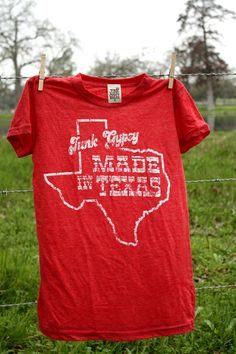 retro-style MAdE IN TExAS tee. the stars at night, are big & bright...