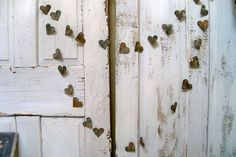 Distressed rusty heart garland metal French by AnitaSperoDesign