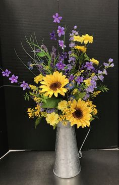 Did you know? - bouquets of flowers, flower arrangements! - # flower bouquets # flower arrangements - Did you know? – bouquets of flowers, flower arrangements! Sunflower Floral Arrangements, Spring Flower Arrangements, Beautiful Flower Arrangements, Flower Vases, Diy Flower, Sunflower Vase, Sunflower Centerpieces, Silk Arrangements, Hanging Flowers