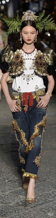 Fall 2016 Haute Couture - Dolce & Gabbana Alta Moda